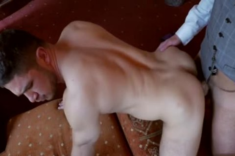 Muscle homo Flip Flop And cumshot
